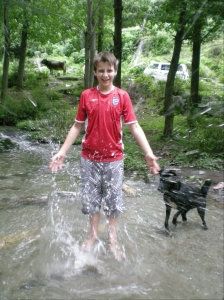 Fergus Splashing
