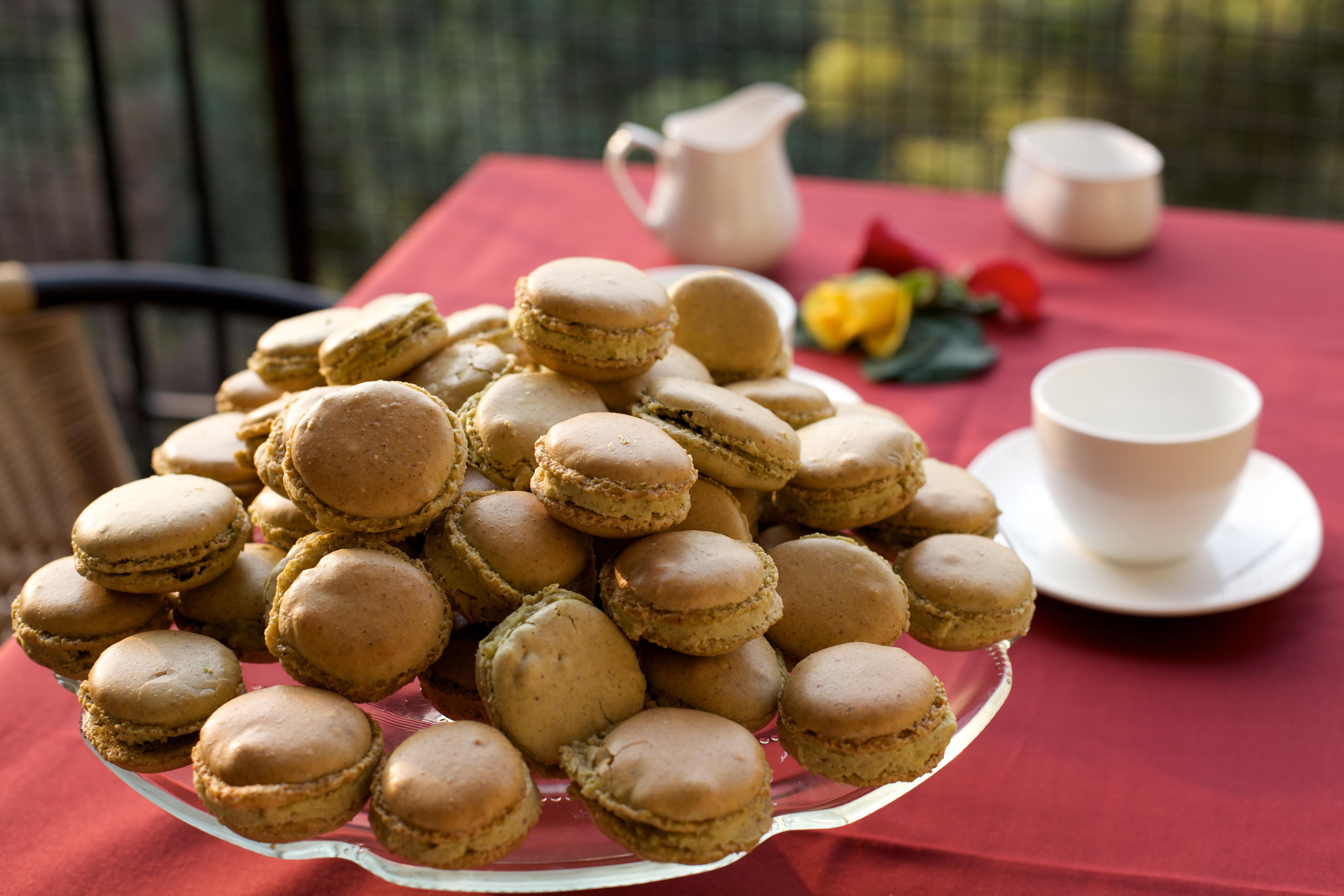 of our almond nigella favors pistachios toitalian pistachio macaron ...